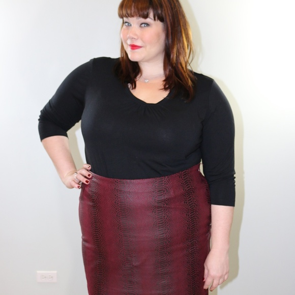 Amanda & Chelsea Dresses & Skirts - Red Maroon Snake Print Faux Leather Mini Skirt